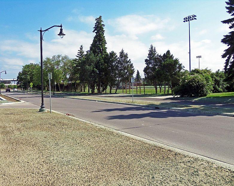 Parade parkway